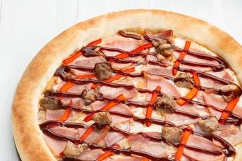 Пицца «Барбекю» с сырным бортом