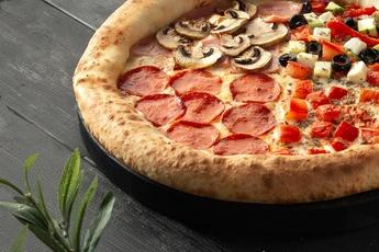 Пицца «Четыре сезона» с сырным бортом