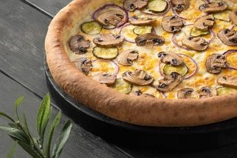 Пицца «Грибная» с сырным бортом 30 см