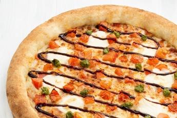 Пицца «Капрезе» с сырным бортом