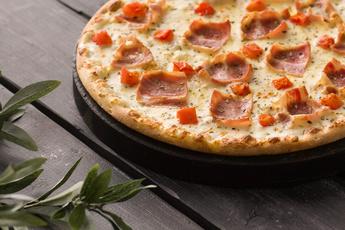Пицца «Карбонара» на тонком тесте 30 см