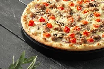 Пицца «Колорадо» на тонком тесте 30 см