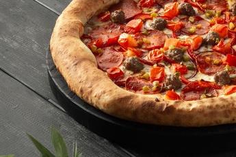 Пицца «Мехико» с сырным бортом 30 см