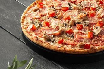 Пицца «Мюнхен» на тонком тесте