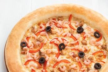 Пицца «Морская» с сырным бортом