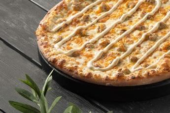 Пицца «Сырный цыпленок» на тонком тесте 30 см