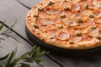 Пицца «Техас» на тонком тесте 30 см