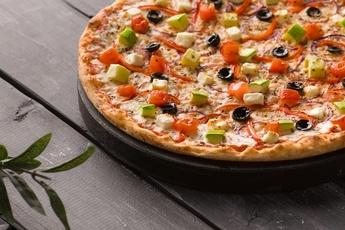 Пицца «Вегетарианская» на тонком тесте 30 см