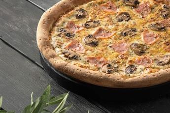 Пицца «Ветчина и грибы» 30 см